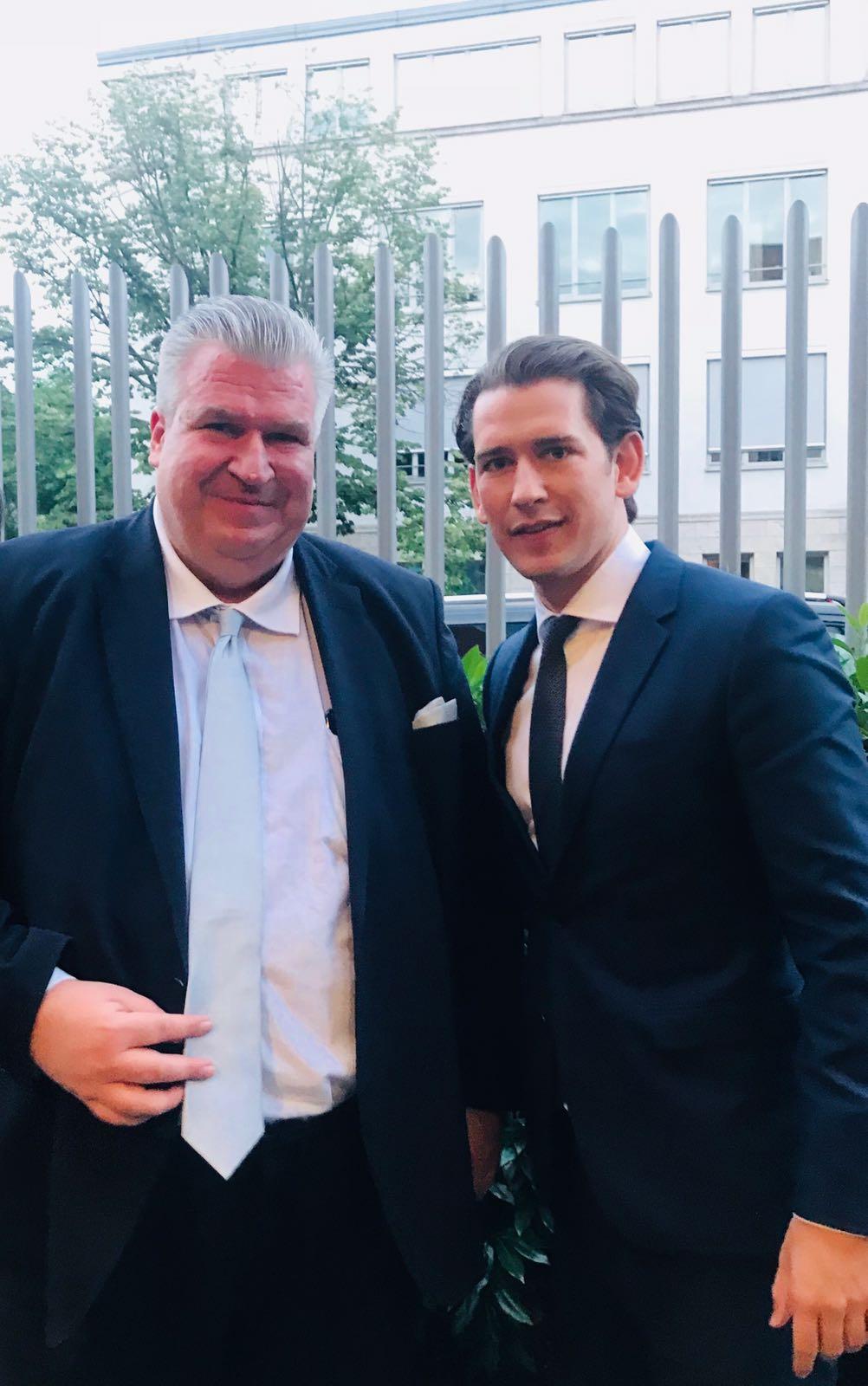 Naujoks trifft Bundeskanzler Kurz